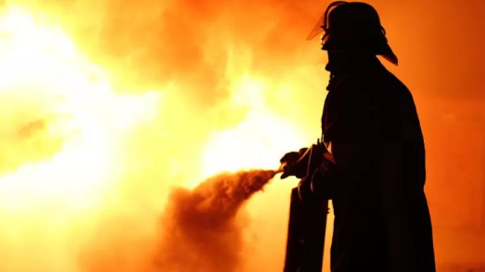 杭州一绿化管理用房着火:一男一女身亡,现场留有汽油桶