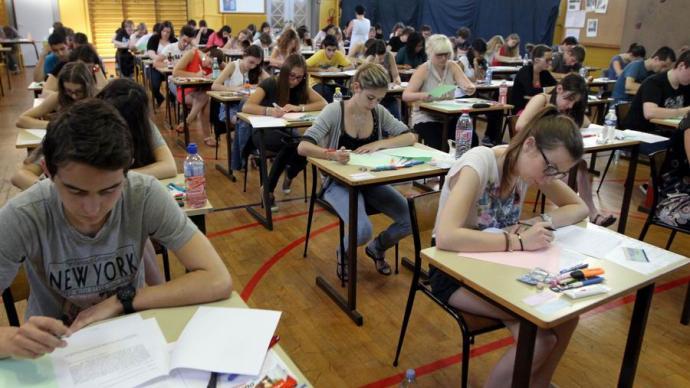 法國高中會考作文的教條與思辨:是哲學思考還是法式八股文?