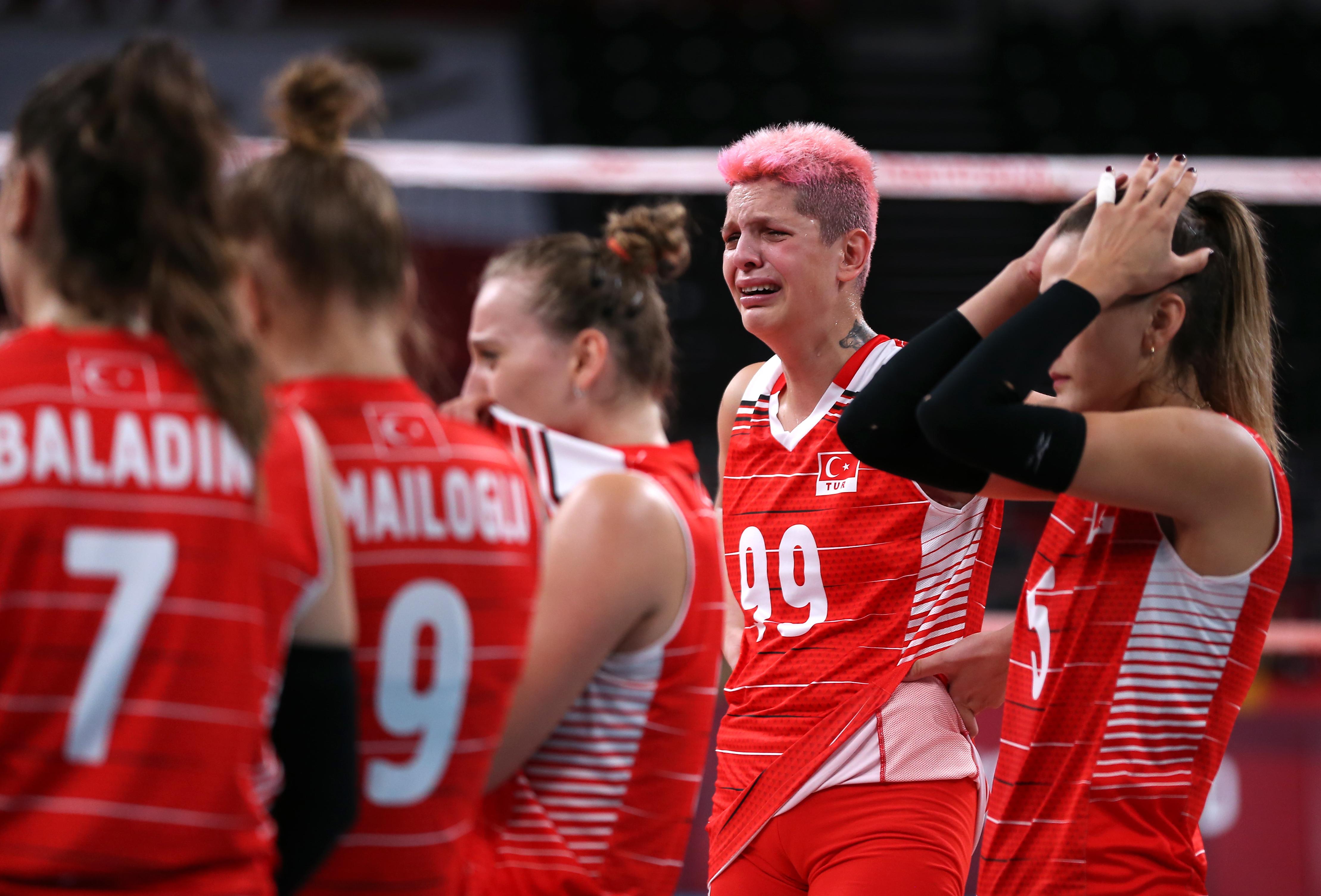 土耳其隊員賽后痛哭。