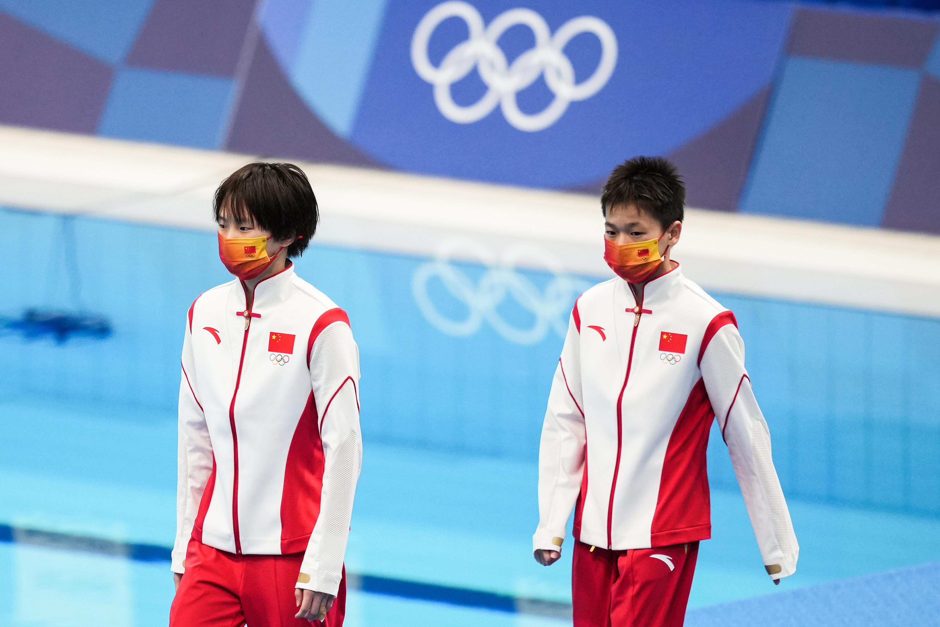 陈芋汐(左)和全红婵。