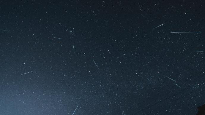 本年度最值得觀賞流星雨13日凌晨迎極大,每小時落逾百顆星