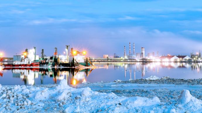 鹽湖股份歸來次日跌超8%,基金經理稱鋰電池長期機會顯著