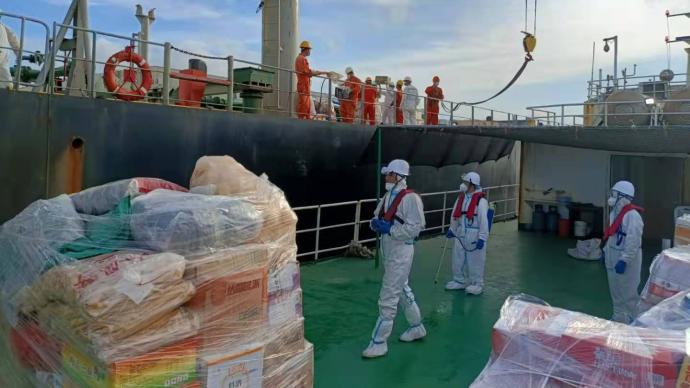 """""""賀維""""輪19名中國船員缺食物續:倉庫滿容無法靠泊卸貨,已補食物"""