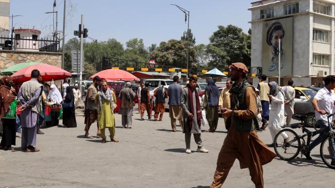塔利班發言人:尋求組建包容型政府,允許女性接受教育和工作