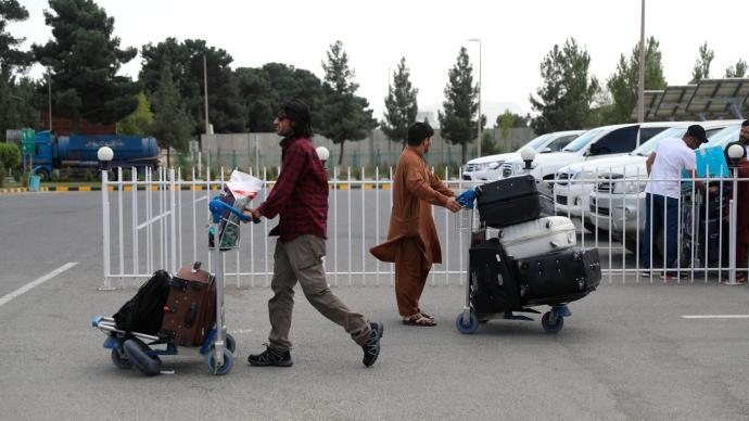 塔利班發言人:希望外國駐阿富汗使館繼續開展日常工作
