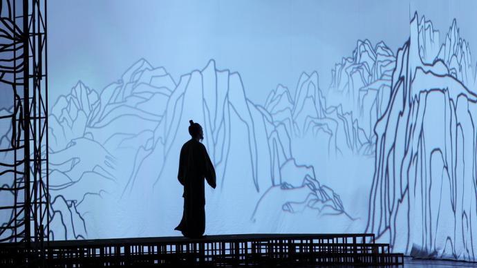 專訪|馮遠征談話劇《杜甫》:在舞臺上打造一個詩人的世界
