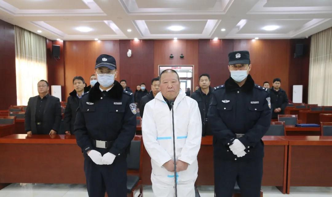 2020年12月,雷志强受贿、巨额财产来源不明案一审宣判。图片来源:庆阳市中级人民法院微信公众号