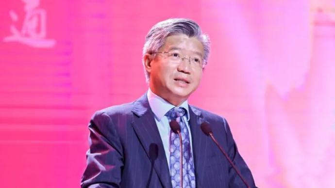 陸雄文:后疫情時代,我們要尊重理性、尊重專業、尊重科學
