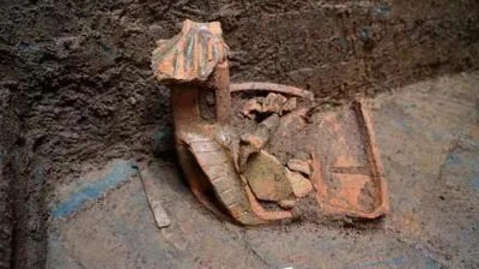 11座漢唐古墓現身郴州,出土大量瓷器、銅器及銀器