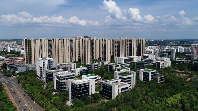 海南:允許符合條件的非居民在海南自由貿易港內購買房地產