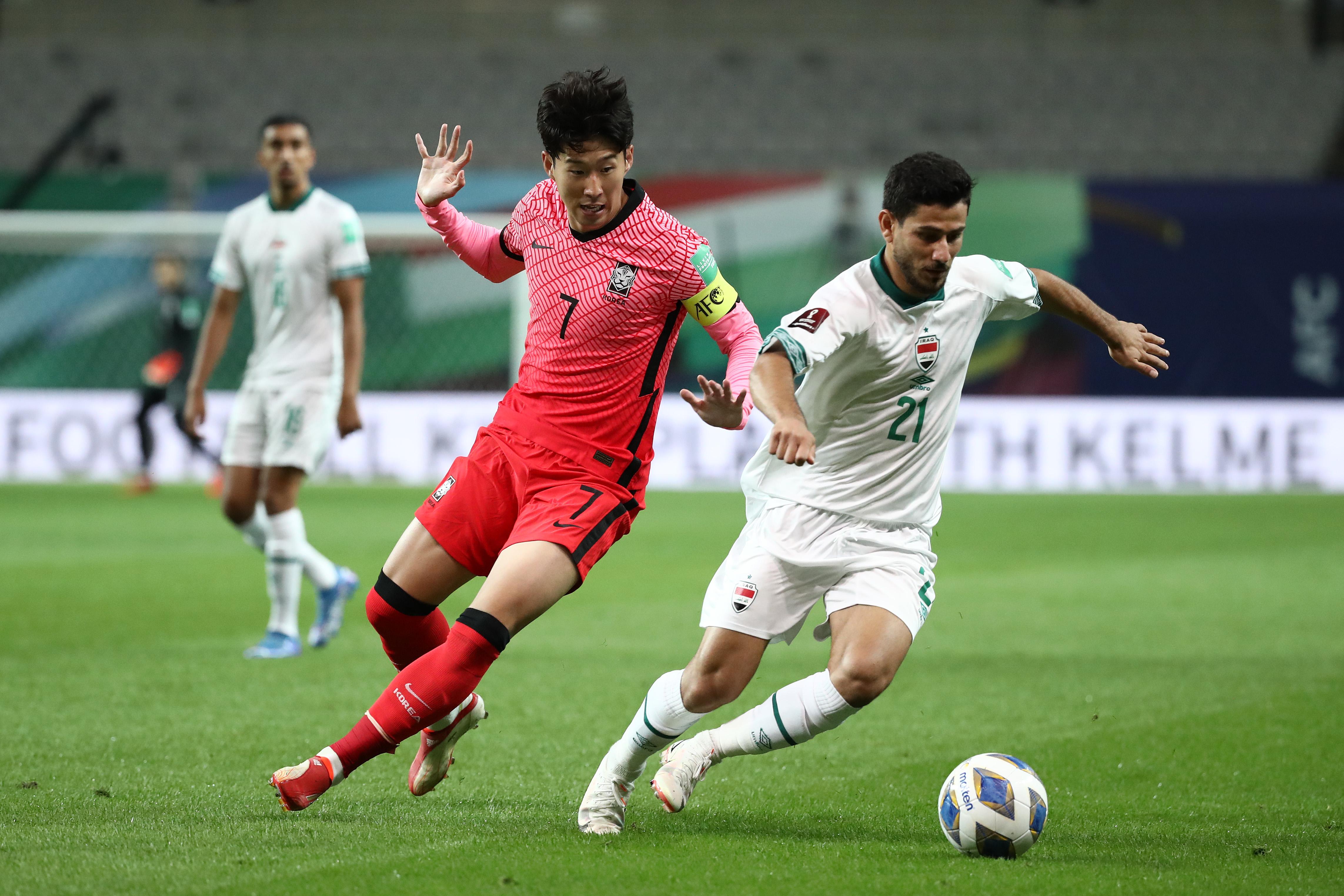 孫興慜(左)也未能率領韓國隊取勝。