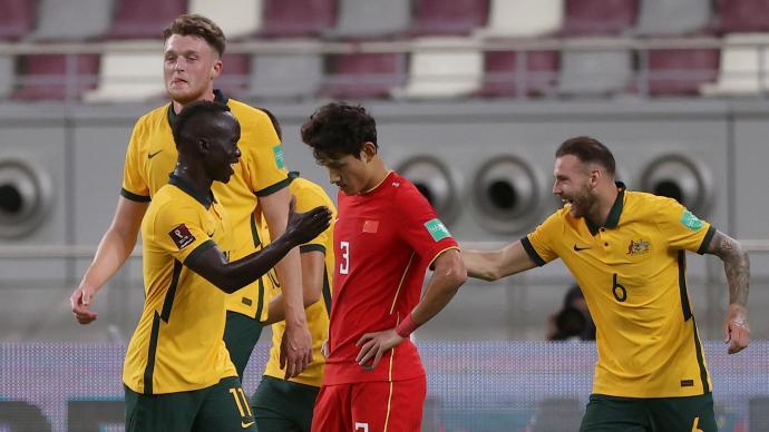 國足0-3澳大利亞:面對亞洲強隊一觸即潰,出線不太實際