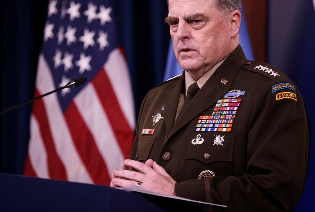 當地時間2021年9月1日,美國華盛頓,美國參謀長聯席會議主席馬克-米利出席國防部記者會。