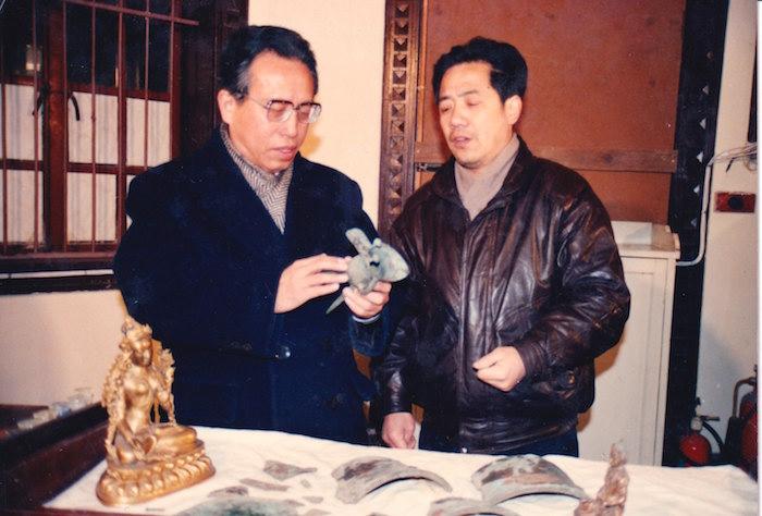 黃仁生(右)與馬承源(左)