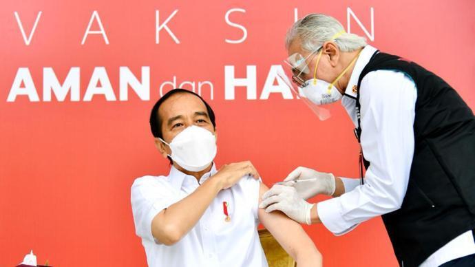 外媒:佐科的疫苗接種證明在網上泄露,印尼民眾憂心信息安全