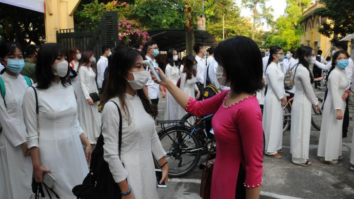 越南稱將與新冠謹慎共存,專家:封鎖仍有效果,在越清零很難