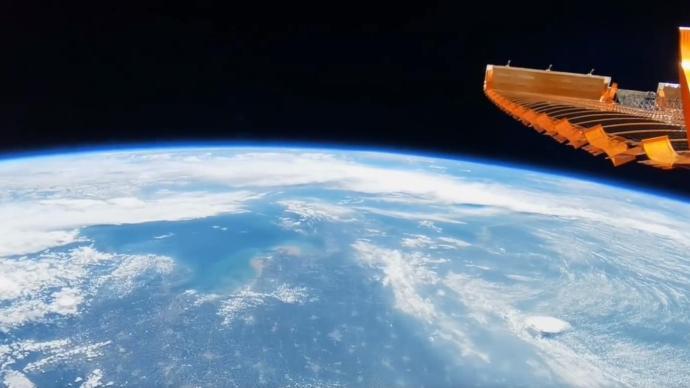 带你体验沉浸式奇幻太空之旅,神十二航天员首支Vlog发布