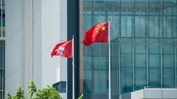 香港211名區議員分批宣誓,拒絕出席或宣誓無效將喪失資格