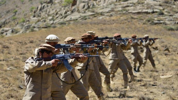 早安·世界|阿富汗塔利班和反塔力量激战,新政府组建推迟