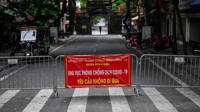 越南近兩周每天報告新增確診病例過萬,累計確診超50萬例