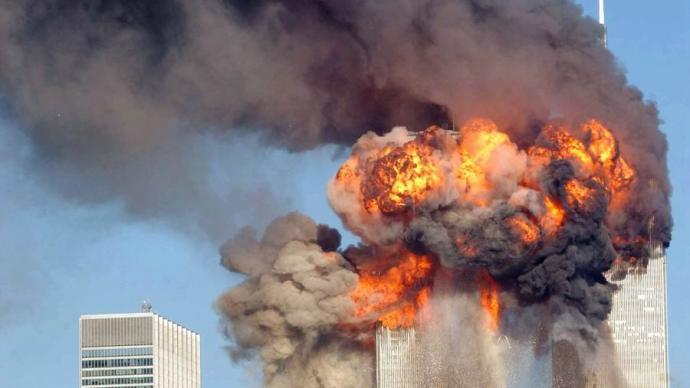 從單極時刻到危機四伏:911事件如何改變了美國的內政外交