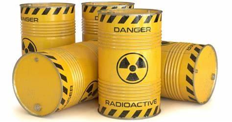 """國際恐怖組織有可能從形勢不穩定的國家或國際核黑市購買可用于制造核彈或""""臟彈""""的技術與核材料。"""