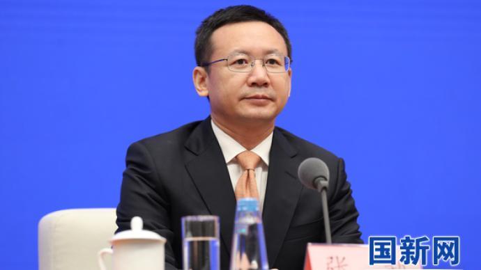 广东?。涸诤崆?、前海等区域探索更开放的投资贸易便利化政策