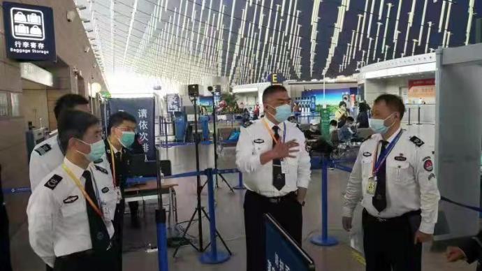 """載273人外航包機降落后,浦東機場做了什么被稱""""奇跡""""?"""