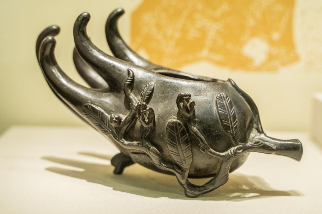 佛手式铜熏炉 清成都中医药大学博物馆藏