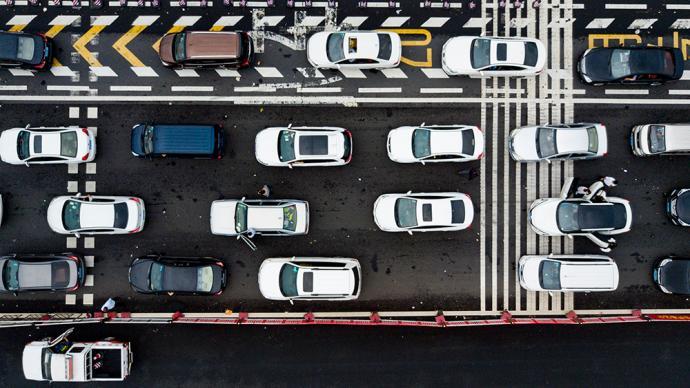 中秋节假期全国道路交通安全形势平稳,主干公路交通整体畅通