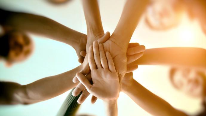 人民日报和音:深化合作,构建全球发展命运共同体