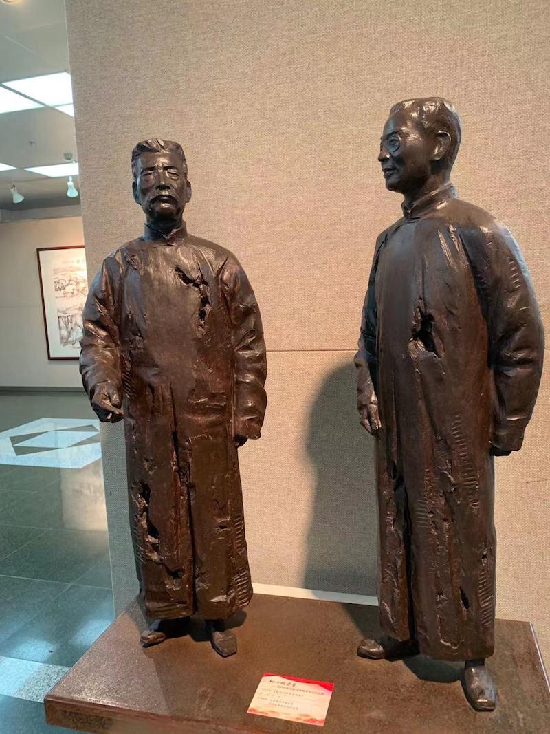 于洋雕塑作品《鲁迅秘密会见陈赓》