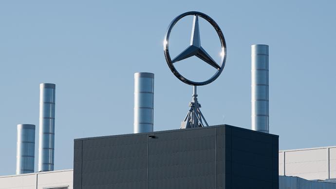 奔驰大举收购一家欧洲电池企业33%股份
