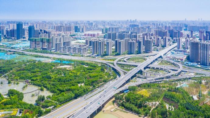 高房价和户籍制度如何影响城市发展
