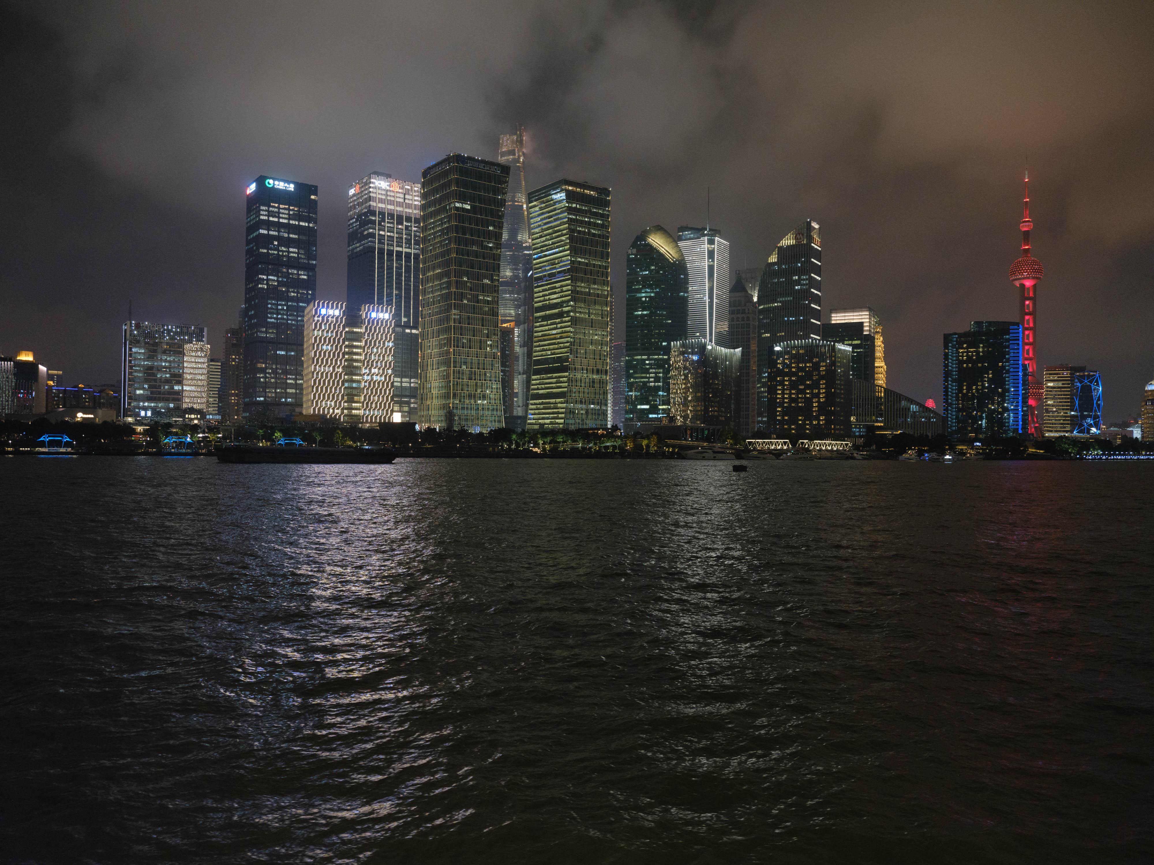 未来城市思辨|NFT艺术交易的碳排放,是一种必要的浪费吗-第3张图片-华润娱乐