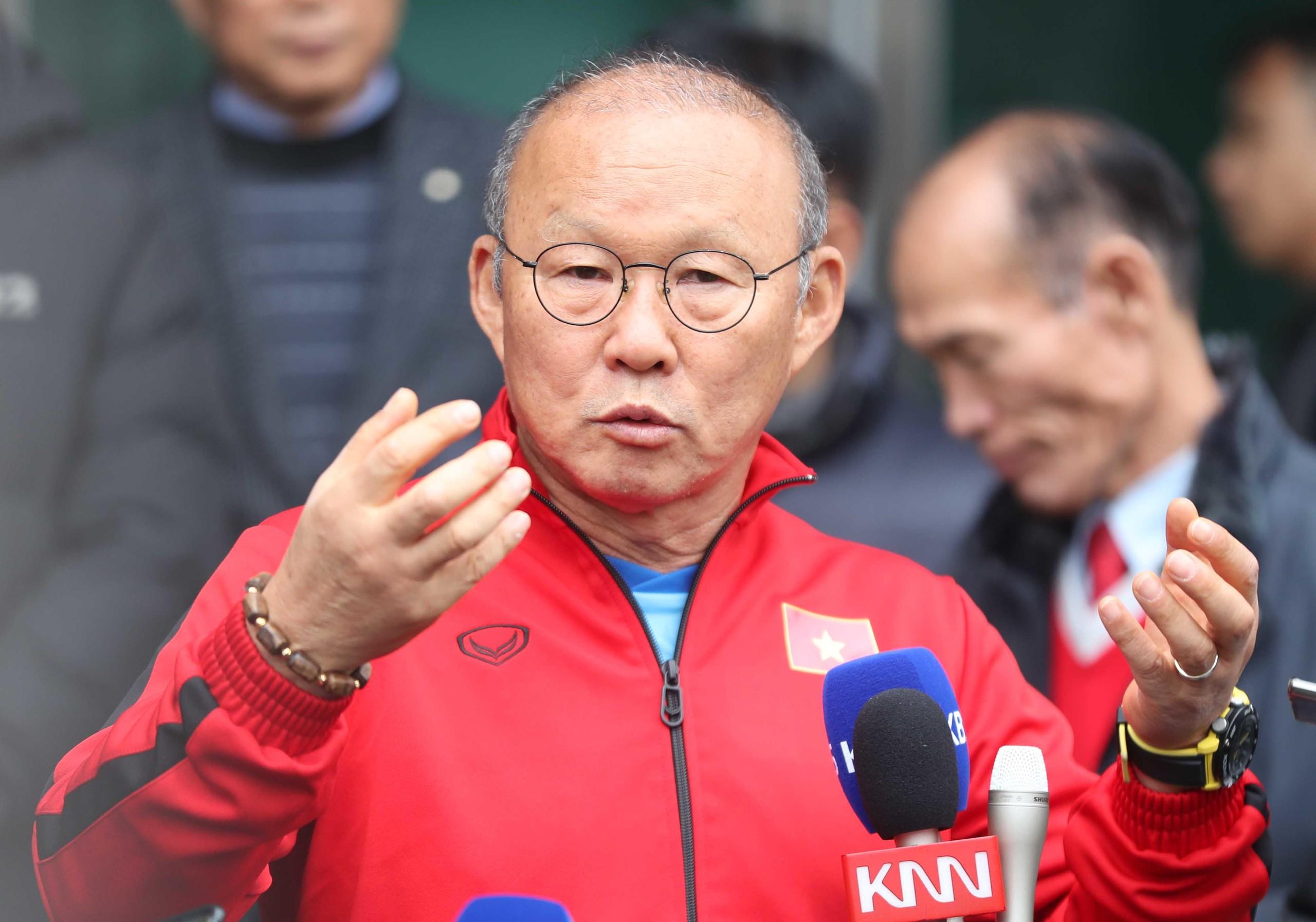 越南队主帅、韩国人朴恒绪。