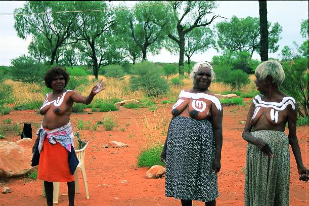 澳洲原住民妇女
