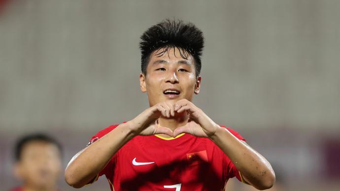 好在,中国足球还有武磊,国足守住了最后的底线
