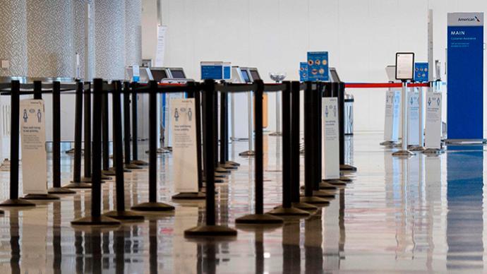 驻洛杉矶总领馆:多名中国留学生入境美国时遭盘查恐吓遣返