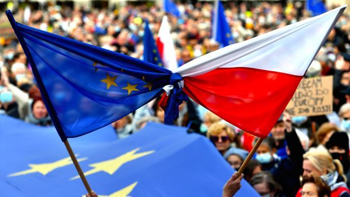 """早安·世界 波兰与欧盟司法权之争引发""""脱欧""""担忧"""