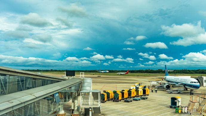 """受台风""""圆规""""影响,海南三大机场共取消航班147架次"""