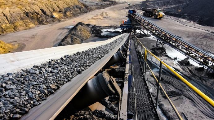 内蒙古:决不允许打着能源保供旗号破坏生态环境、回头走老路