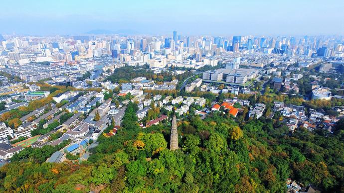 杭州第二批集中供地:257亿元成交14宗,平均溢价率4.6%