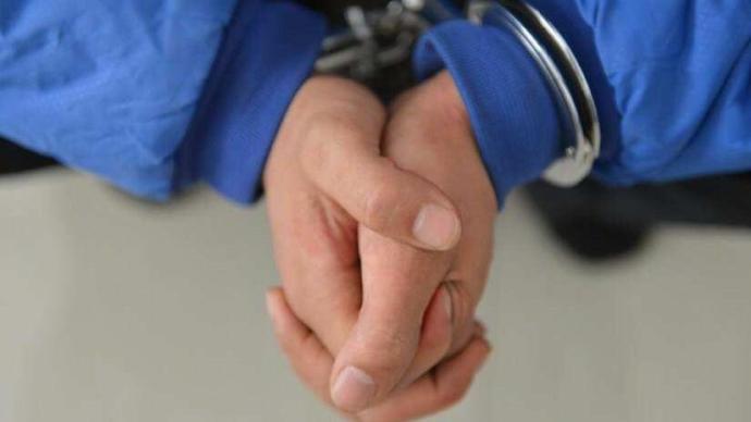 参与暴动及非法集结,香港2名男子被判入狱