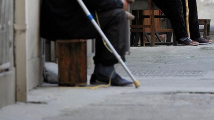孤寡独居老人现状调查:不同程度存在没人陪护、就医困难