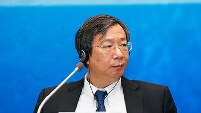 央行行长易纲:中国通胀总体温和