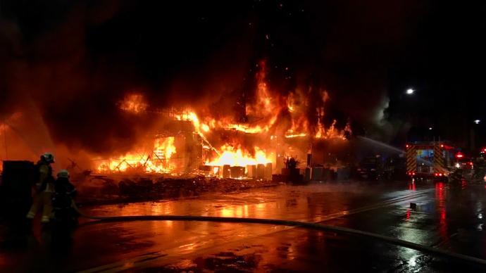 国台办、海协会向高雄火灾事故罹难同胞表达深切哀悼