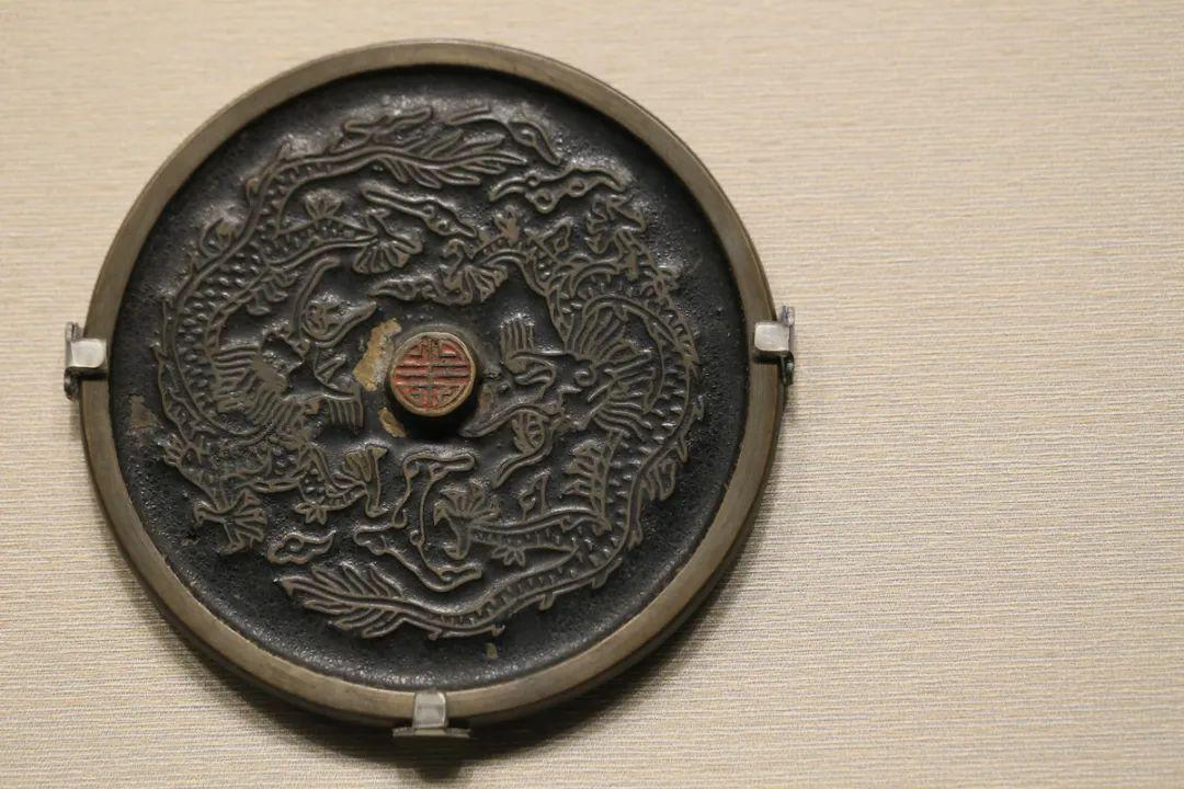 """""""寿""""字双龙纹镜,清,直径12.3厘米"""