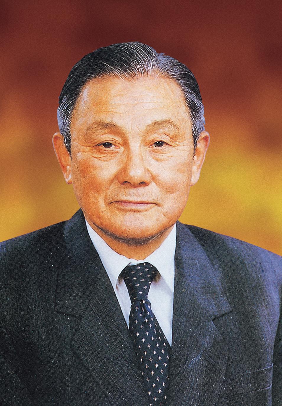 江绍基(1919—1995),江苏无锡人,中国工程院首批院士、中国消化病学奠基人之一。