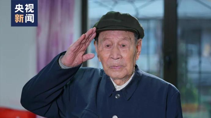 """电影《长津湖》中的""""伍千里""""真实存在!93岁高龄依然硬气"""